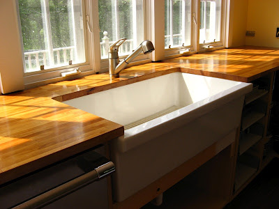 Fireclay Sinks - Trendy Traditional Styles For An Eco-Friendly Kitchen