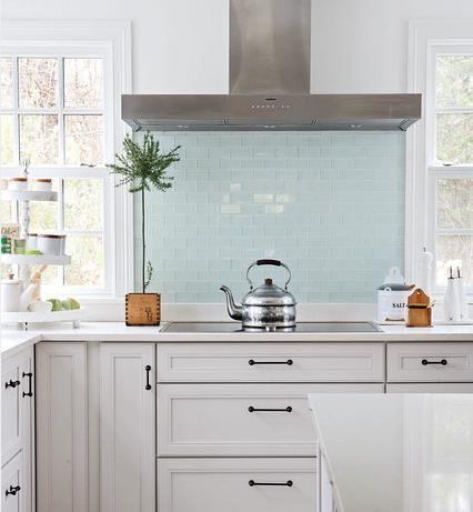 Glass Backsplash Tile By Becky Harris Photo By Aimee Herring