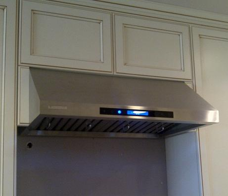 Marvelous Undercabinet Range Hood With 900 CFM From ExtremeAir