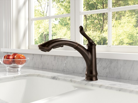 A Dark Finished Fauet Like This Venetian Bronze Linden Faucet From Delta Can Help Draw The Eye To The Kitchen Sink Area