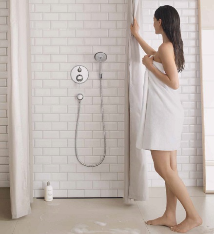 choosing the right shower head for your new luxury shower