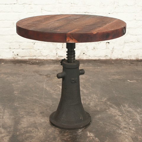 V40 Round End Table in Reclaimed Wood HGDA219 from Nuevo Living
