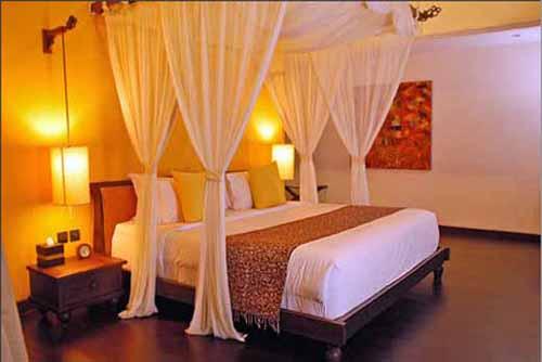 arrangements for peaceful bedroom lighting