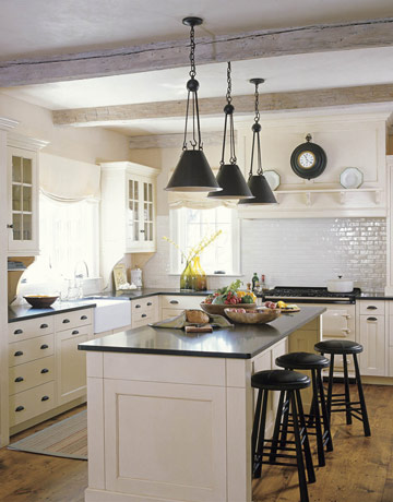 Look For Simple Glass Or Metal Pendant Lights, Or Unostentatious Chandeliers To Keep The Room Casual