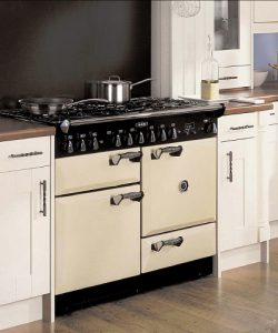 AGA Pro Style Kitchen Range With Dedicated Broiler