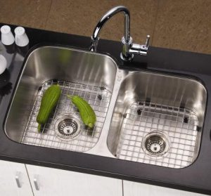 18 Gauge Double Bowl Sink Made of 18-10 Stainless Steel From Dawn