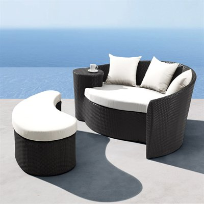 Curaco Daybed And Ottoman From Zuo