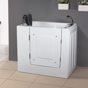 Walk in tubs everything you need to know before you buy for Walk in tub water capacity
