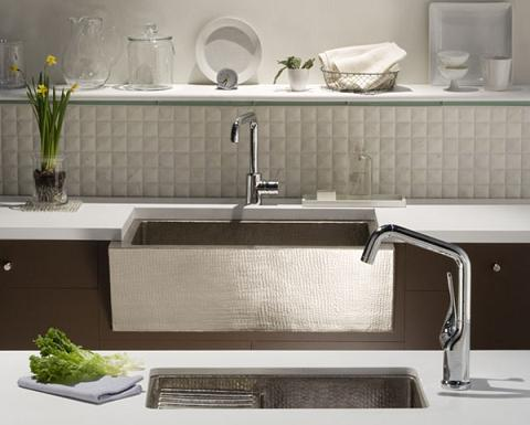 Apron Style Sink : Stainless Steel Apron Sinks Put A Modern Twist On A Traditional Style