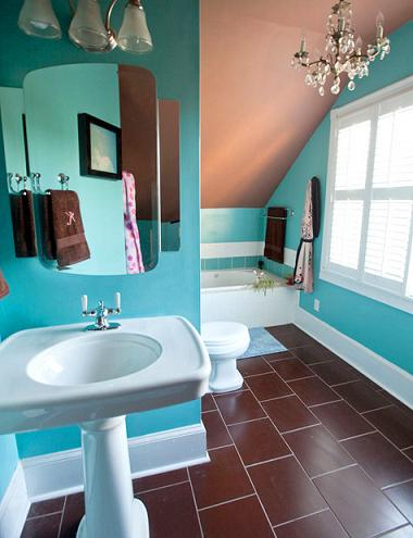 Turquoise bathroom design modernizing a retro decor for Brown and turquoise bathroom ideas