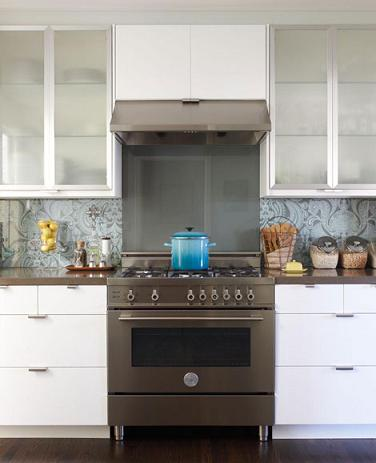 Pro Style Gas Range With Sealed Burners From Bertazzoni