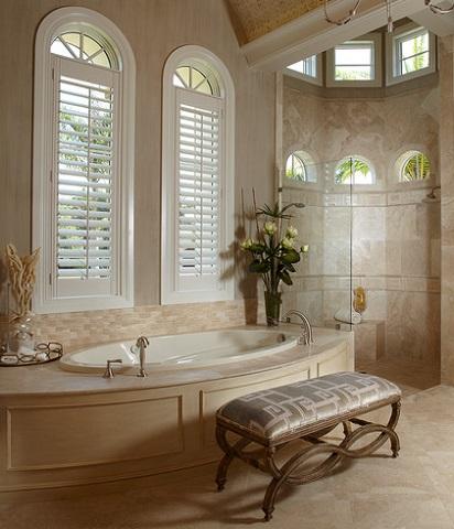 Furnishing your master bathroom an easy way to add a for Master bathroom ottoman