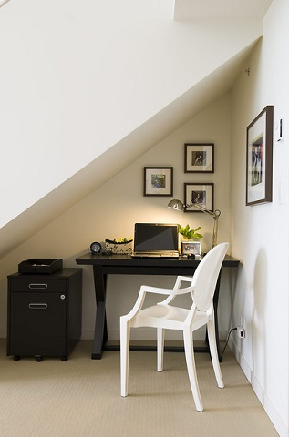 Staircase nooks creative ways to use the space beneath a - Small office setup ideas ...