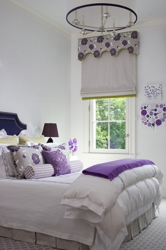 Just a few ultra violet colored accents can take over a room's color scheme, so use this color with a gentle touch (photo by James Yochum)